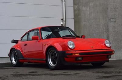 Porsche 911 Turbo 930 (1978) – Rouge Indien